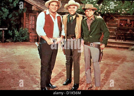 Bonanza  Bonanza  1: Adam (Pernell Roberts), Little Joe (Michael Landon), 'Pa' Ben (Lorne Greene), Eric 'Hoss' Cartwright - Stock Photo