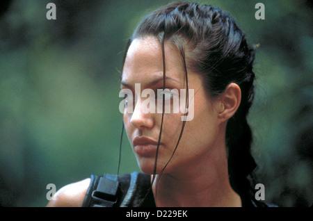 Lara Croft: Tomb Raider   Lara Croft: Tomb Raider   Lara Croft (Angelina Jolie) *** Local Caption *** 2001  Concorde - Stock Photo