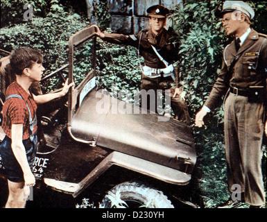 Kennwort: Berlin-Tempelhof  Prize Gold,  George Cole, Richard Widmark Um armen Kriegswaisen zu helfen, wollen Sgt. - Stock Photo