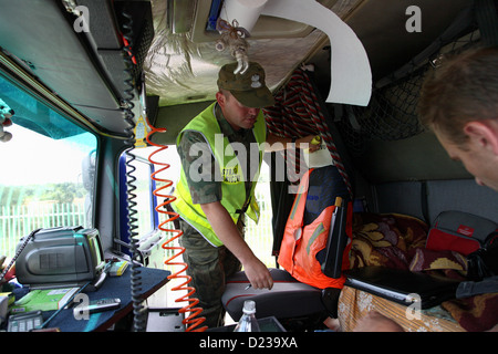 Koroszczyn, Poland, a Polish border guards in the control of a truck - Stock Photo