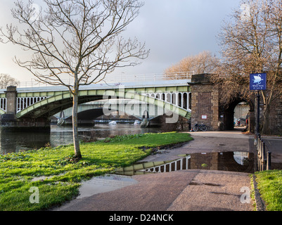 Two listed bridges across the Thames - the steel Richmond rail bridge and the concrete Twickenham road  bridge behind - Stock Photo