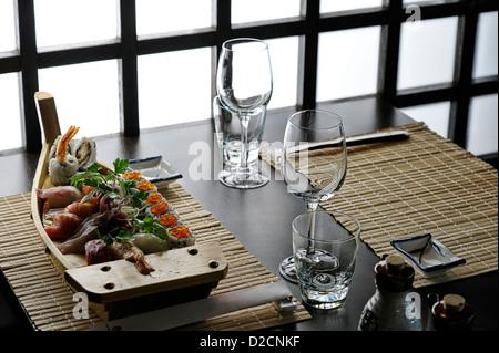Japanese chef make Sushi Se - Stock Photo