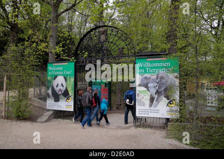 Entrance to Vienna Zoo (Tiergarten) in the Schönbrunn gardens, Vienna, Austria. - Stock Photo