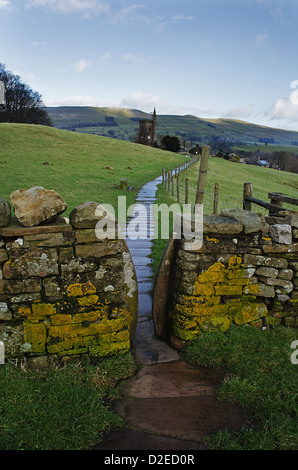 Squeeze style to Hawes church in Wensleydale, UK - Stock Photo