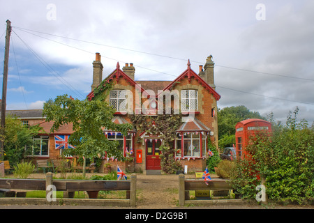 The Post Office at Somerleyton, Suffolk - Stock Photo