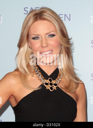 GRETCHEN ROSSI SAFE HAVEN PREMIERE LOS ANGELES CALIFORNIA USA 05 February 2013 - Stock Photo