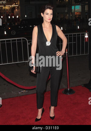 COBIE SMULDERS SAFE HAVEN PREMIERE LOS ANGELES CALIFORNIA USA 05 February 2013 - Stock Photo