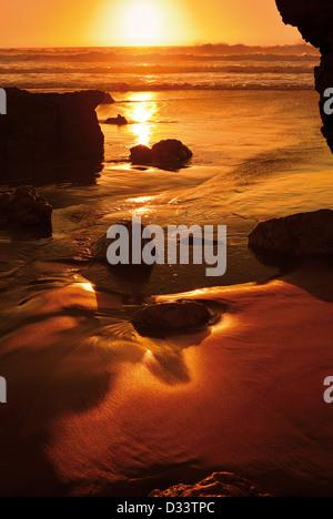 Portugal, Algarve: Scenic sundown at beach Praia do Tonel in Sagres - Stock Photo