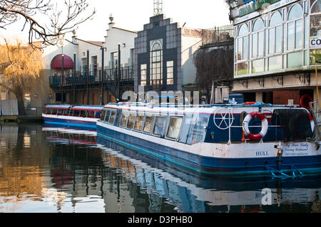 Boats in Camden Lock canal, Camden Town, NW1, London, UK - Stock Photo