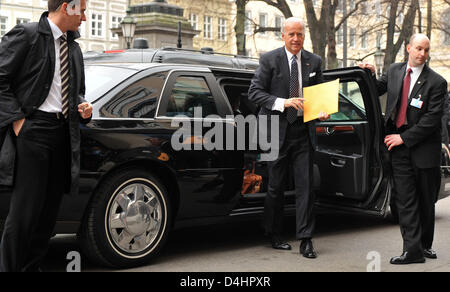US Vice President Joe Biden (C) arrives at the 45th Munich Security Conference in Munich, Germany, 07 February 2009. - Stock Photo