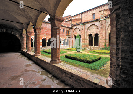 Europe Italy Piedmont Albugnano Abbey of Santa Maria Vezzolano cloister - Stock Photo