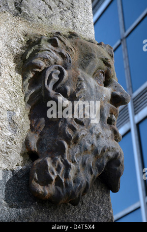Provost Skene's House  The Russell Head. George Russell (1810-1899) carved stone effigy. St Nicholas House in the - Stock Photo