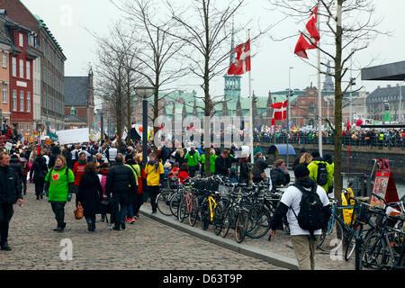 Copenhagen, Denmark. 11th April 2013. 40,000 teachers from all over Denmark demonstrate in front of the parliament - Stock Photo
