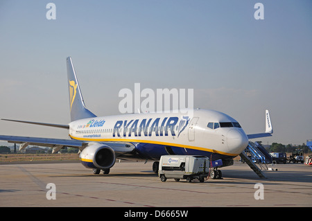 Ryanair Boeing 737-8AS aircraft on tarmac, Lleida-Alguaire Airport, Lleida, Catalonia, Spain - Stock Photo
