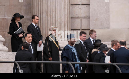 London, UK, 17 Apr. 2013. Overseas dignatories are amongst the mourners as they leave the funeral service of Baroness - Stock Photo