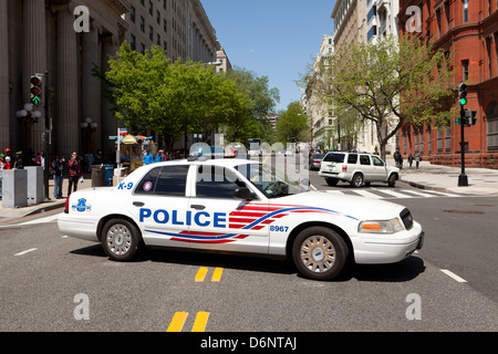 Police car blocking street traffic - Washington, DC USA - Stock Photo