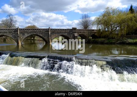 Bathampton Weir and Toll Bridge, also known as Batheaston Toll Bridge and Bathwick Weir. - Stock Photo