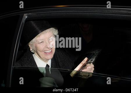 New York, USA. 22nd April, 2013. Elaine Stritch at arrivals for The Creative Coalition's Spring Soiree Film Festival - Stock Photo