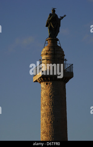 Italy. Rome. Trajan's Column, 2nd century AD. Erected to commemorate the victory of Emperor Trajan in the Dacian - Stock Photo