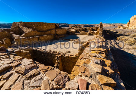 Chetro Ketl (begun around 1020 and had an estimated 500 rooms and 16 kivas), Chaco Culture National Historical Park - Stock Photo