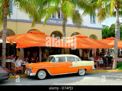 Art Deco district, ocean drive, Miami, Florida - Stock Photo