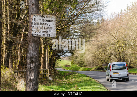 Religious sign typical of many erected in rural Protestant areas of Northern Ireland. - Stock Photo
