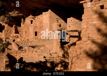 Spruce Tree House, cliff dwelling of pre-Columbian Anasazi indians and UNESCO World Heritage site, Mesa Verde National - Stock Photo