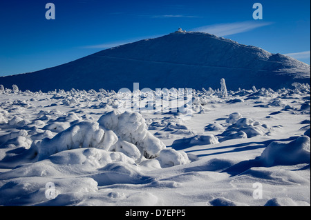 View of the Sniezka in the Karkonosze mountains, Poland. - Stock Photo