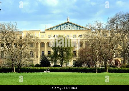 Cumberland Terrace Regents Park London - Stock Photo