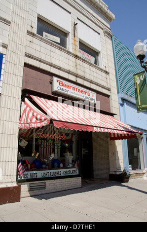 Wisconsin, Manitowoc. Downtown, 8th street. Beerntsen's Confectionery, an, Old Fashioned candy store and ice cream - Stock Photo