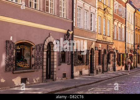 Small cobbled street off Stary Rynek (old market place), in the historic district of Stare Miasto (Old Town) in - Stock Photo