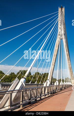 Świętokrzyski Bridge over the River Vistula in Warsaw, a modern cable-stayed construction. - Stock Photo