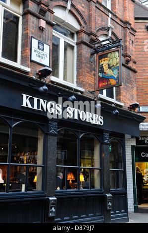 Kings Stores Pub, Widegate Street, Bishopsgate, London, England - Stock Photo