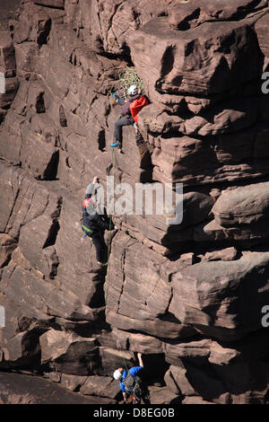 Sutherland, north west Scotland, UK. 26th May 2013. Rock climbers from Glasgow University Climbing Club tackle the - Stock Photo