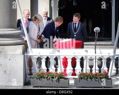 Groningen, the Netherlands. 28 May 2013. King Willem-Alexander and Queen Maxima of The Netherlands visit the province - Stock Photo