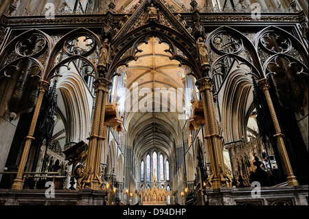 Worcester Cathedral, England. Looking east through the Rood screen and Choir to the High Altar - Stock Photo