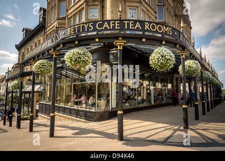 Harrogate in North Yorkshire formerly the West Riding of Yorkshire. The famous Betty's Tea Room café. The North - Stock Photo