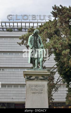 Statue of Swiss pedagogue Johann Heinrich Pestalozzi in Pestalozziwiese, Zurich, Switzerland. - Stock Photo