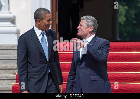 Berlin, Germany. June 19th 2013. German President Joaquim Gauck receives US President Barack Obama in the Presidential - Stock Photo