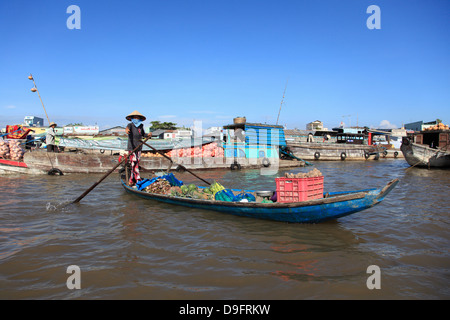 Cai Rang Floating Market, Mekong Delta, Can Tho Province, Vietnam, Indochina, Southeast Asia - Stock Photo