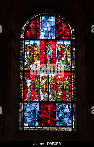 A 12th century stained glass window in the nave of St.-Julien du Mans cathedral, Le Mans, Sarthe, Pays de la Loire, - Stock Photo