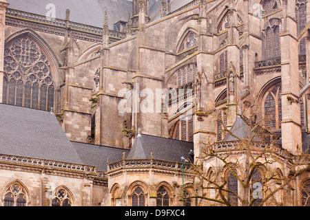 Flying buttresses on St.-Julien du Mans Cathedral, Le Mans, Sarthe, Pays de la Loire, France - Stock Photo
