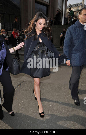 Mila Kunis    Paris Fashion Week Ready To Wear Fall/Winter 2011 - Miu Miu - Outside Arrivals Paris, France - 09.03.11 - Stock Photo