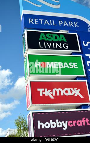 Maidstone, Kent, England. St Peter's Retail Park sign - Stock Photo