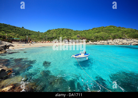 The exotic Vrika beach, Antipaxos ('Antipaxi') island, Ionian Sea, Eptanisa ('Seven Islands'), Greece. - Stock Photo