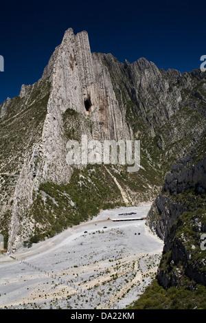 La Huasteca Canyon, near to Monterrey, Mexico. - Stock Photo