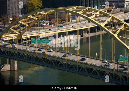 FORT PITT BRIDGE MONONGAHELA RIVER PITTSBURGH PENNSYLVANIA USA - Stock Photo