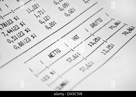 Invoice sheet with gross and net prices and vat tax value - Stock Photo