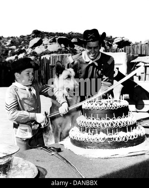 THE ADVENTURES OF RIN TIN TIN (TV) (1954 - 1959) LEE AAKER, JAMES BROWN AORT 008 MOVIESTORE COLLECTION LTD - Stock Photo