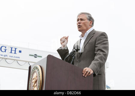 Governor Jay Inslee speaking at the dedication ceremony for the launch of the worlds largest tunneling machine, - Stock Photo